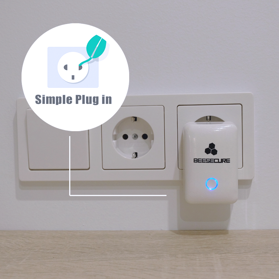 BeeSecure repeater is simple plug in
